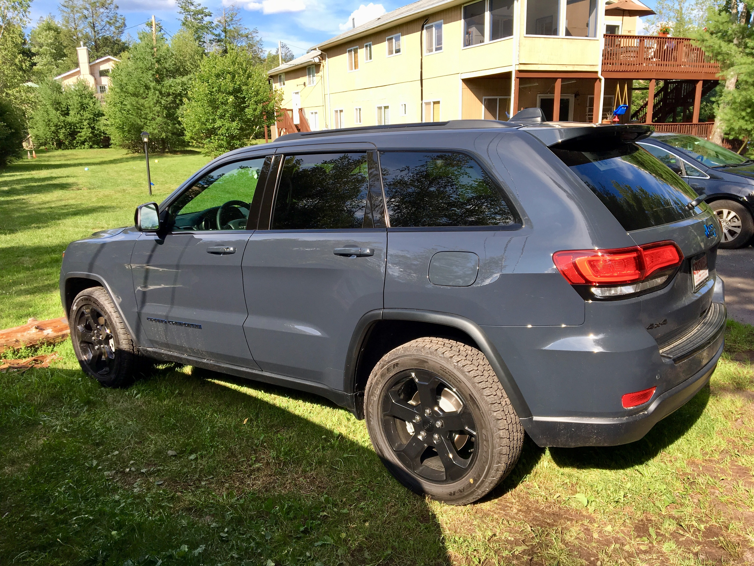 2018 Jeep Grand Cherokee Upland 12k miles 39 months $359